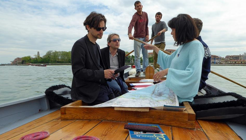 Italian lessons for foreigners - Italian language lessons on a boat, organized by me in the Italian school in Venice, for teaching italian in Venice